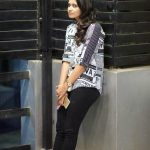 Meyaadha Maan Actress Priya Bhavani Shankar HD Photoshoot Gallery (6)