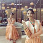 Nenjil Thunivirundhal Heroine Mehrene Kaur Pirzada Photos Gallery (26)