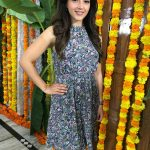 Nenjil Thunivirundhal Heroine Mehrene Kaur Pirzada Photos Gallery (31)