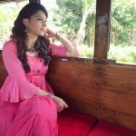 Nenjil Thunivirundhal Heroine Mehrene Kaur Pirzada Photos Gallery (41)