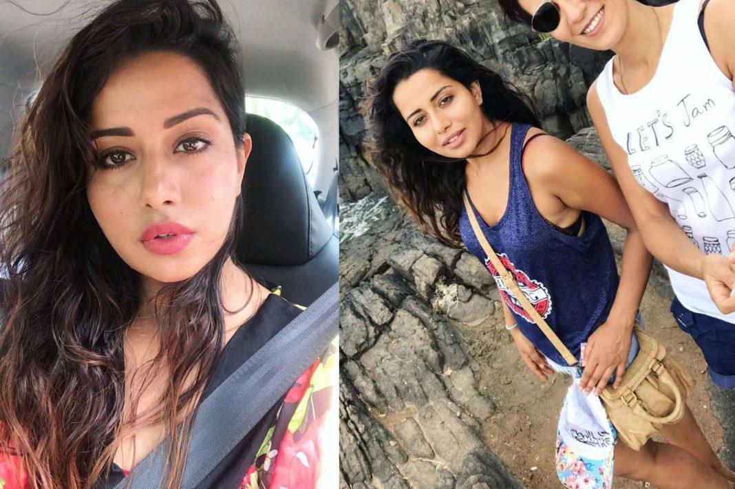 Indian xxx mallu bhabhi hot nude Aunty photo Housewife sex Pics