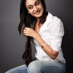 Actress Aishwarya Arjun‏ HD Photos (4)