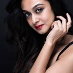 Actress Aishwarya Arjun‏ HD Photos (7)