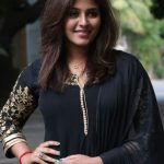 Actress Anjali HD Photos  (3)