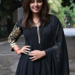 Actress Anjali HD Photos  (4)