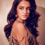 Actress Disha Patani Spicy Photos (5)