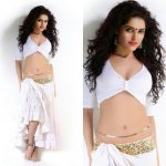 Actress Pia Bajpai Spicy Photos (14)