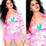 Actress Pia Bajpai Spicy Photos (15)