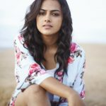 Actress Shraddha Srinath HD Photos (6)