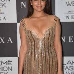 Actress Shriya Saran Cute & Hot Photos (22)