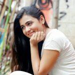 Arjun Reddy Actress Shalini Pandey Cute & HD Photos (14)