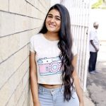 Arjun Reddy Actress Shalini Pandey Cute & HD Photos (7)