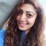 Pranitha Subhash (25)