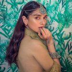 Actress Aditi Rao Photos (11)