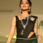 Ahana Kumar   (16)
