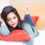 Ahana Kumar   (17)
