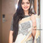 Ahana Kumar   (4)