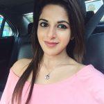Iswarya Menon Photos (17)