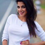 Iswarya Menon Photos (21)