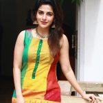 Iswarya Menon Photos (4)