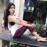 Poonam Kaur Photos (4)