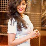 Ritika Singh Photos (3)