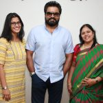 Varalaxmi Sarathkumar   Photos (17)