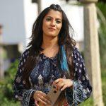 Varalaxmi Sarathkumar   Photos (19)