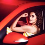 Glamorous Photos of Taapsee Pannu in 2017  (5)