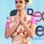 Priya P Varrier HD Photos (14)