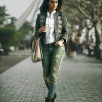 Priya P Varrier HD Photos (20)