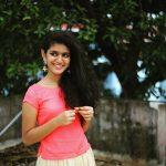 Priya P Varrier HD Photos (3)