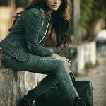 Priya Varrier Photos (2)