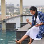 Athulya Ravi playing water photos
