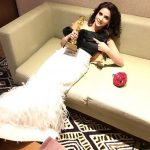 Hindi Medium actress pakistani saba qamar zaman  with award in a couch black and white dress (7)
