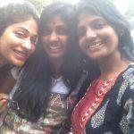 Niranjani Ahathian (22) sisters selfie vijayalakshmi karthika thiru