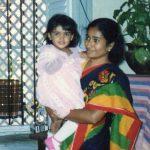 Samantha, childhood, mother