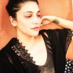 Shruti Haasan, black dress, sleep
