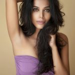 natasha suri in pink hot glamour beautiful pic