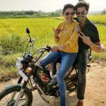 Ganesh Venkatraman - Nisha Krishnan, bike, cute pair