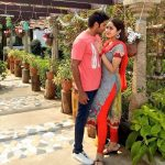 Ghajinikanth, Arya, Sayyeshaa Saigal, Romance, Red Dress