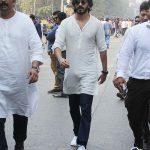 Harshavardhan kapoor in white attending sridevi's funeral (7)
