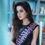 Raiza Wilson, balck saree, side pose