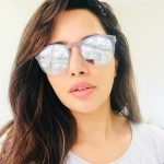 Raiza Wilson, selfie, white lade, cuteness