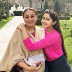 Sayesha Saigal, Mother, dashing, Love