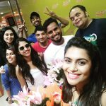 Sonu Gowda, celebration, group selfie