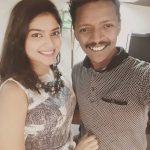 Vaibhavi Shandilya, selfie friend