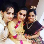 Aarthi, Jayam ravi Wife, Friends, Selfie