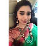Aarthi, Jayam ravi Wife, green saree, selfie, car