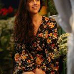 Aditi Rao Hydari, hd, hair style, smile